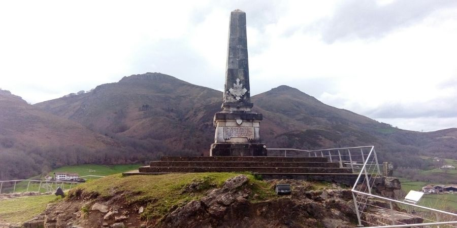 monumento amaiur
